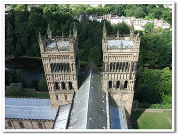 Durhamcathedral03