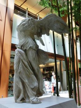 Suntory_museum02