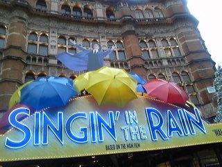 ミュージカル『SINGIN'IN THE RAIN<br />  』